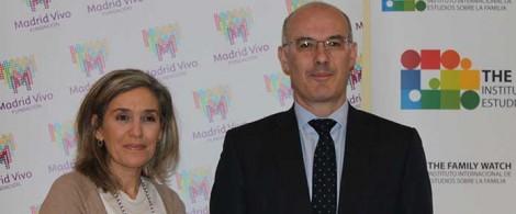 La Directora General de The Family Watch, María José Olesti, junto al Presidente de GAD 3, Narciso Michavila, el 8 de enero.